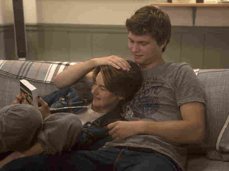 Hazel (Shailene Woodley) and Gus (Ansel Elgort) take on a variety of challenges in The Fault in Our Stars.