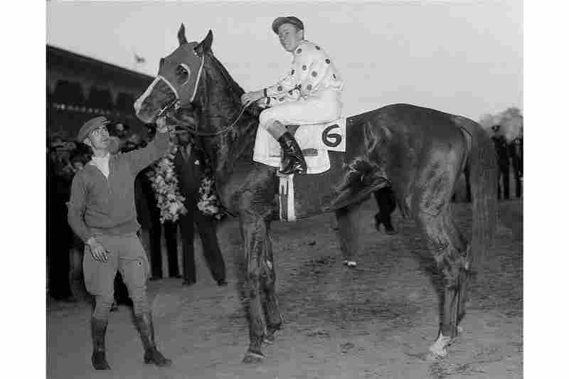 Omaha, with jockey Willie Saunders, took the Preakness Stakes at Pimlico Race Course before winning the Triple Crown in 1935.