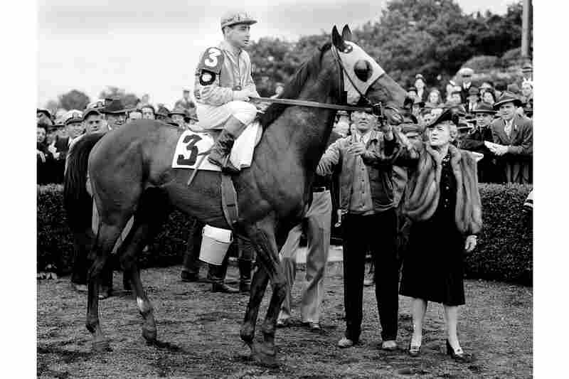 Jockey Johnny Longden sits atop Count Fleet in New York after winning the Triple Crown in 1943.
