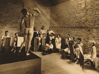 Students participate in a figure drawing class at the Stone City Colony and Art School in 1933.