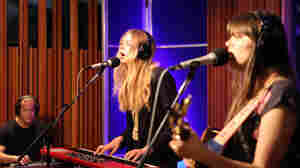 First Aid Kit, 'Stay Gold' (Live)