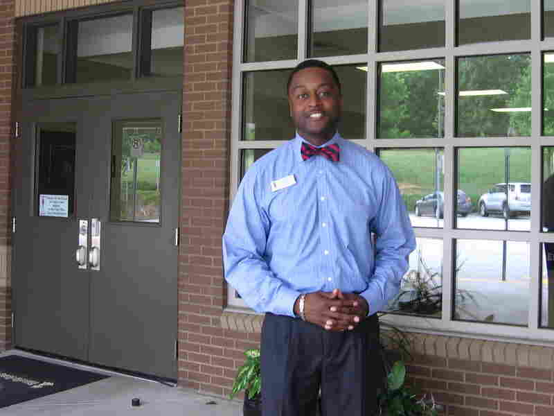 """Ricardo Quinn, principal of Chesney Elementary School in Duluth, Ga., helps develop young black male teachers with the """"Call Me Mister"""" program"""