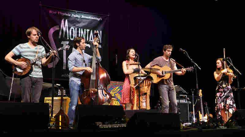 Elephant Revival On Mountain Stage