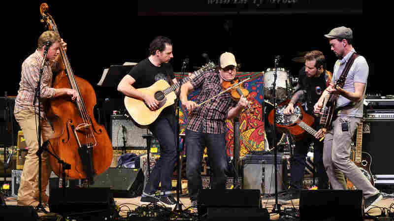 The Infamous Stringdusters On Mountain Stage