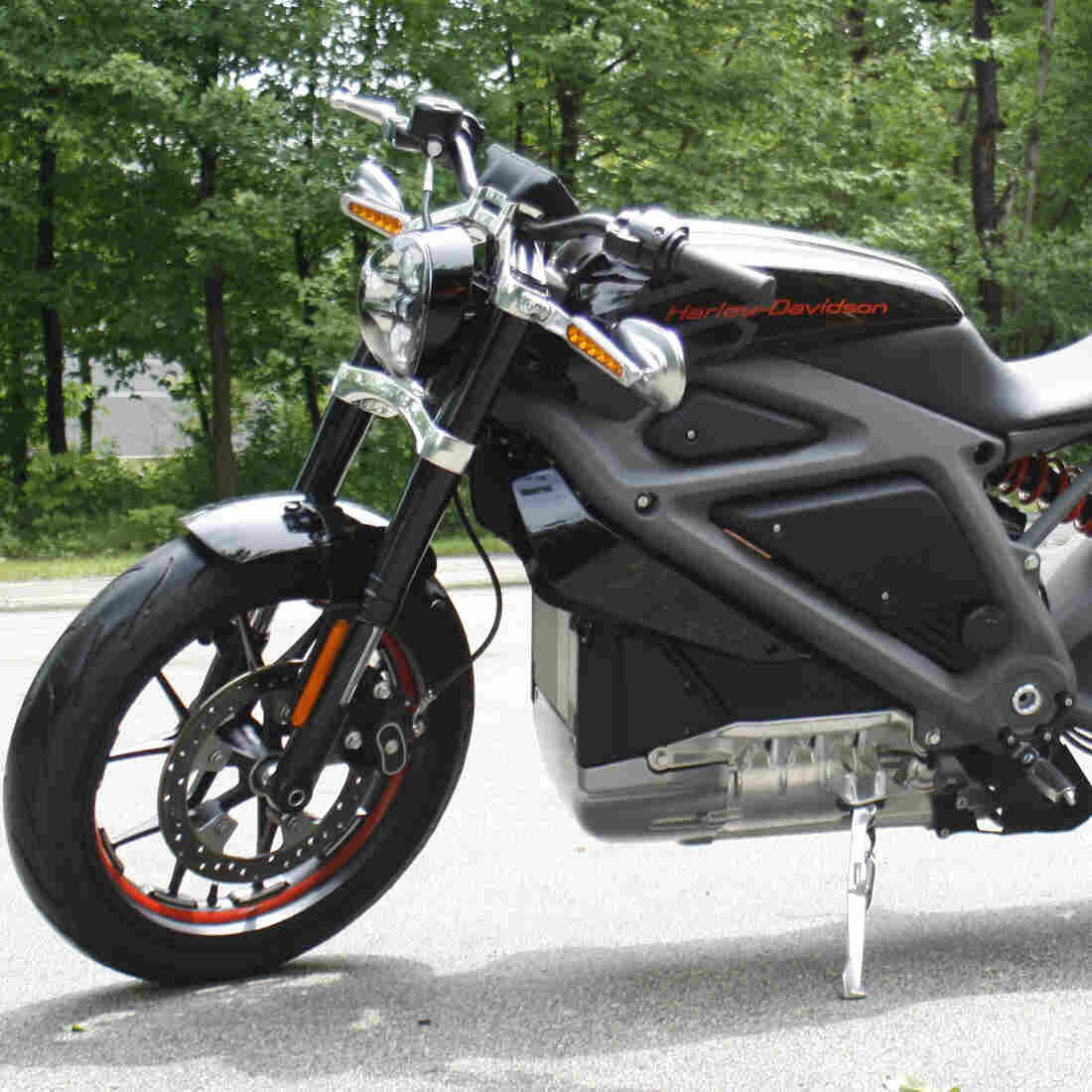 Harley-Davidson's New Bike Hums, Instead Of Roaring