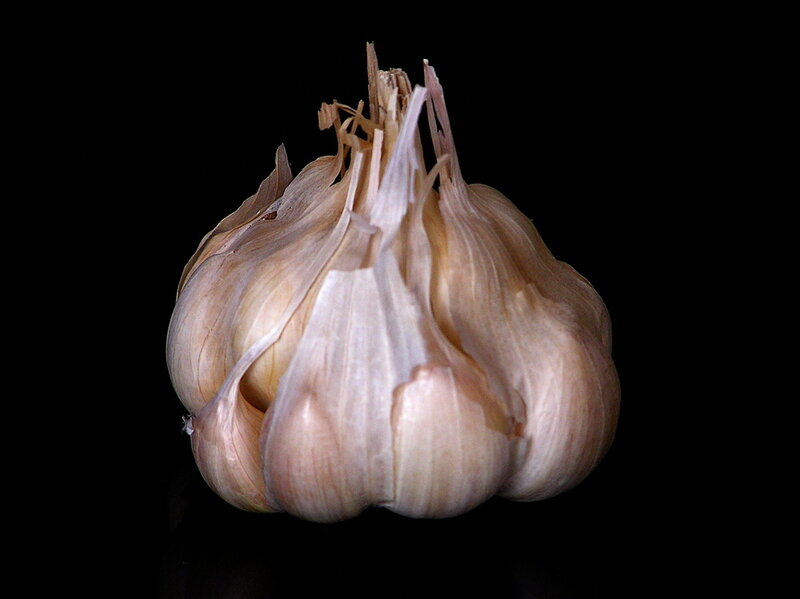Science Of Stink: Blame Sulfur Compounds For Your Garlic