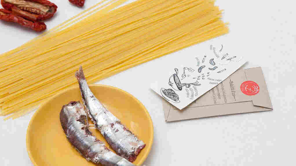 I Tradizionali are recipes on temporary tatoos, sized to fit a forearm.