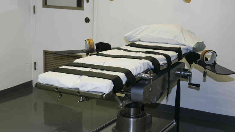 The gurney in the execution chamber at the Oklahoma State Penitentiary. Inmates there say that multi-drug executions are a form of human experimentation.