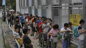 Hong Kong Pro-Democracy Poll Garners More Than 780,000 Votes