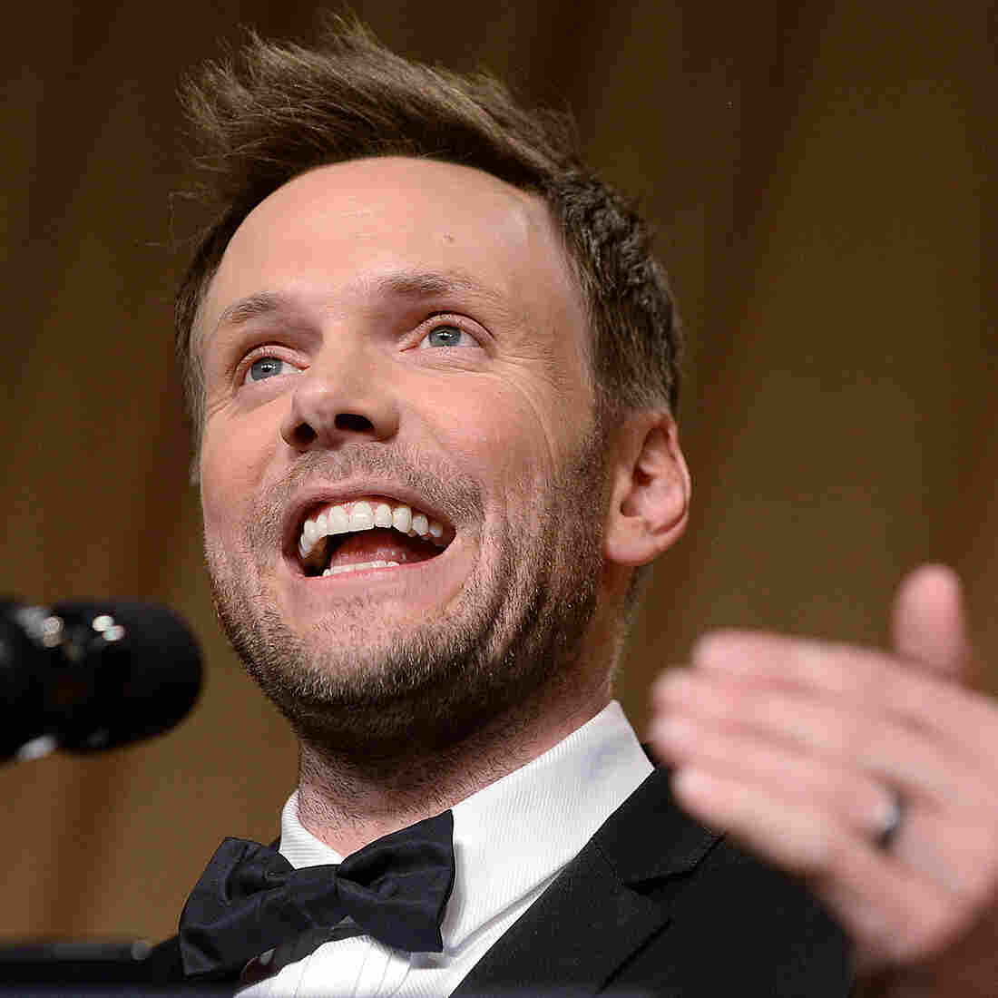 Comedian Joel McHale Talks Dyslexia, Bad TV And Filming A Thriller