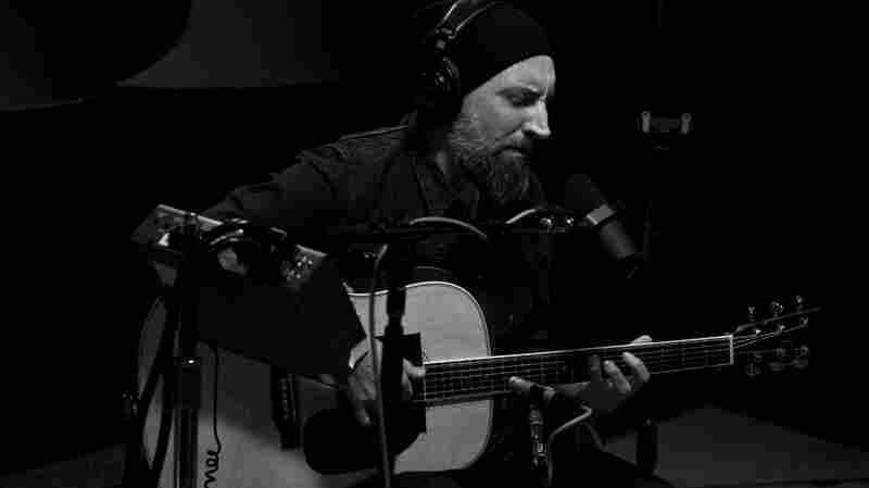 Fink live at KCRW's studio.