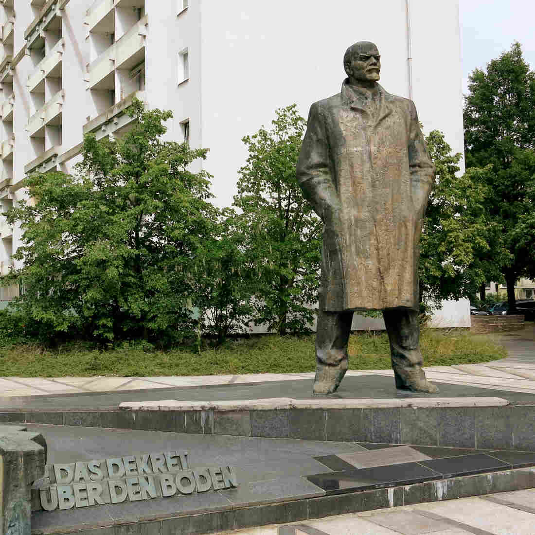 Germany's Battle Over What May Be Its Last Lenin Statue