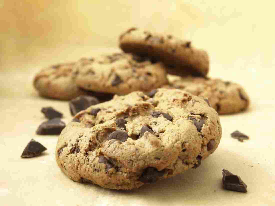 "In one study, reading a fictional news story about ""obesity genes"" led participants to eat more cookies in a subsequent task."