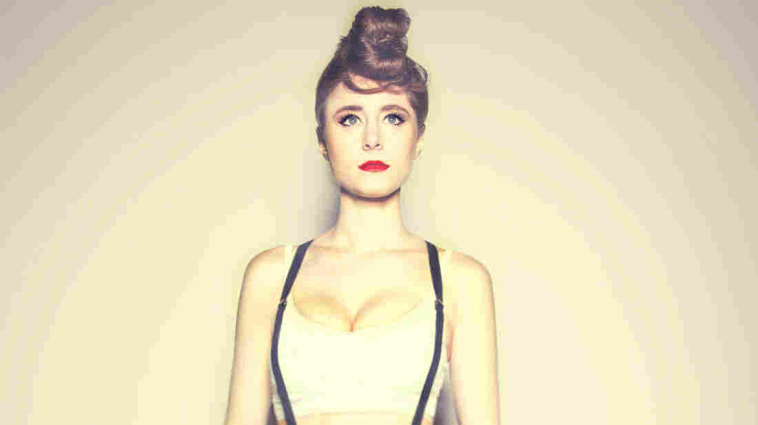 "A remix of Kiesza's ""Hideaway"" was featured on this week's show."