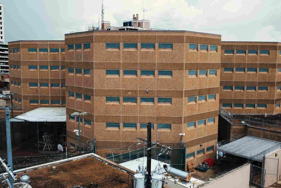 States Push For Prison Sentence Overhaul