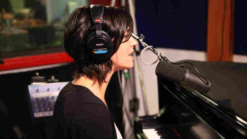 """Sharon Van Etten visits KCRW's studios to perform """"Nothing Will Change."""""""