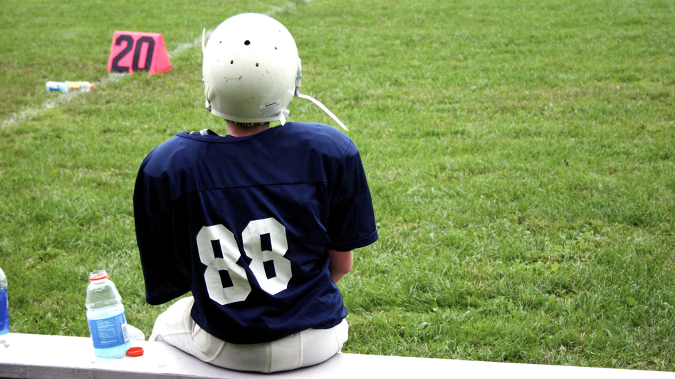 If parents won't bench a child after a concussion, is it OK for the doctor to tell the coach? (iStockphoto)