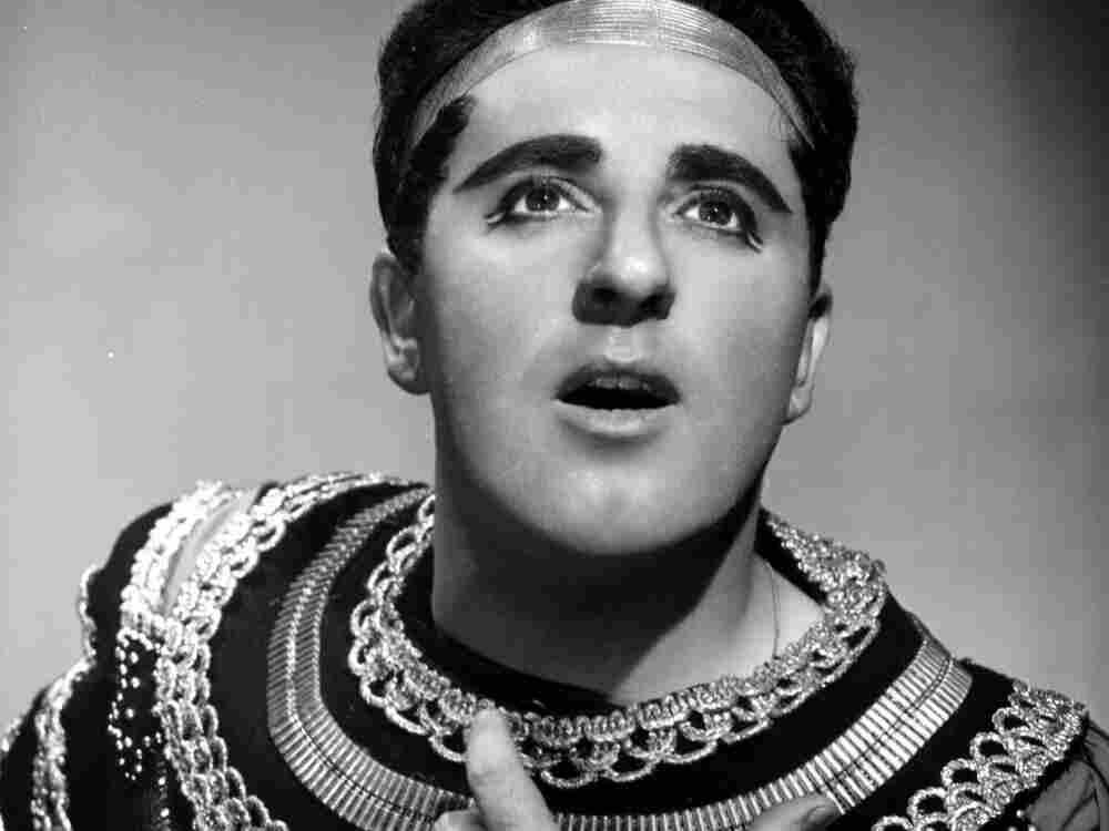 Tenor Carlo Bergonzi as Radames in Verdi's Aida in 1956, the year of his Metropolitan Opera debut.
