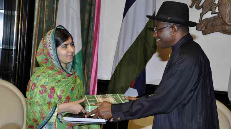 Malala Yousafzai, the well-known Pakistani activist, met with Nigerian President Goodluck Jonathan on Monday to discuss the plight of more than 200 kidnapped girls.