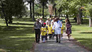 To Make Children Healthier, A Doctor Prescribes A Trip To The Park