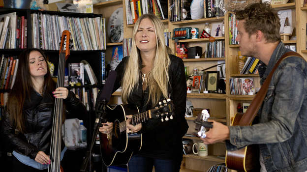 Holly Williams performs a Tiny Desk Concert. (NPR)