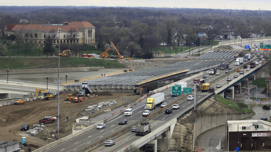 The I-75 highway modernization project in Dayton, Ohio, in April 2014. (AP)