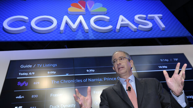 Comcast CEO Brian Roberts gestures as he speaks during a cable convention in Washington, D.C., in 2013. This week, his company drew scrutiny for an agonizing customer service experience.