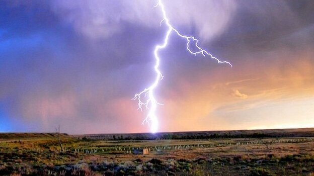 The U.S. Department of the Interior's Twitter account routinely produces electrifying visuals.