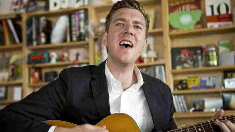 Hamilton Leithauser performs a Tiny Desk Concert.
