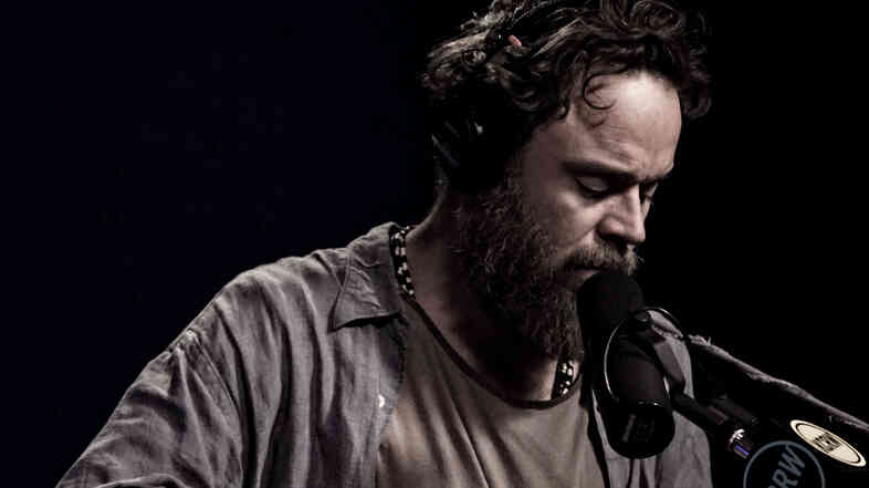 Rodrigo Amarante performs live for Morning Becomes Eclectic.
