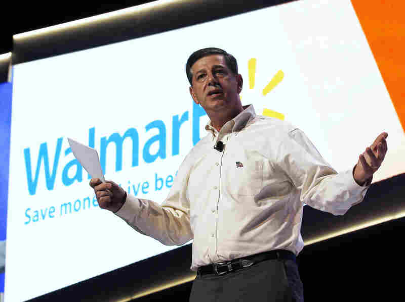 Bill Simon, head of Wal-Mart's U.S. division, is leaving the retail giant after being passed over for the company's top post.