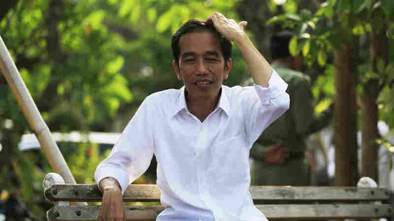 """Indonesia's President-elect Joko """"Jokowi"""" Widodo is asking ordinary people to help him choose his government."""