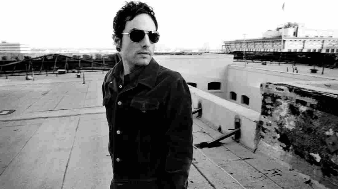 Jakob Dylan.