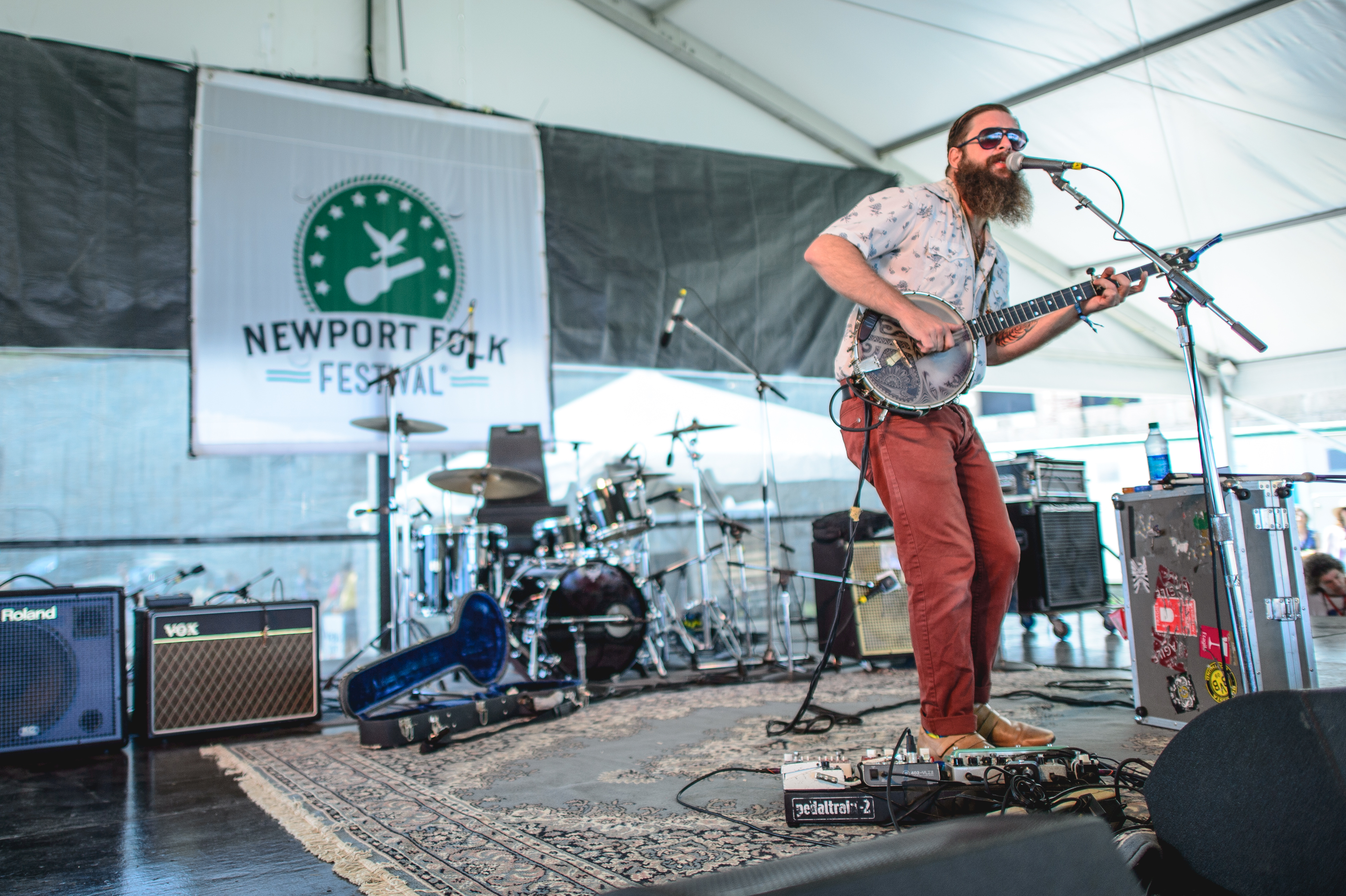 "Newport in 2014: Tall Tall Trees' Mike Savino uses his ""banjotron"" for a song about Internet stalking."