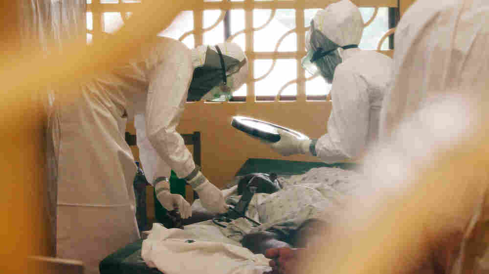 American Doctor Sick With Ebola Now Fighting For His Life