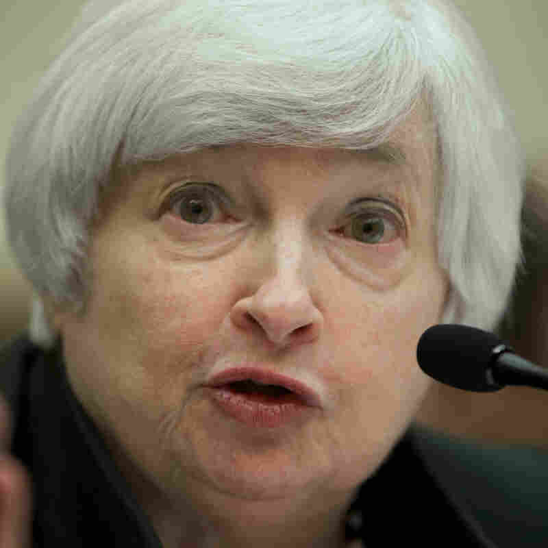 Fed Continues To Scale Back Economic Stimulus