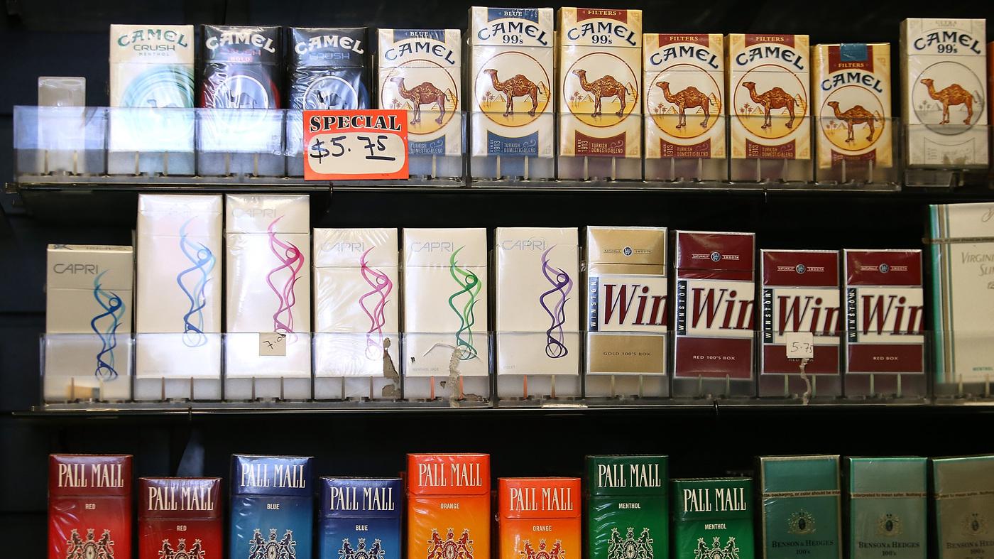 Amid Smoking Decline Look Who S Still Lighting Up Shots