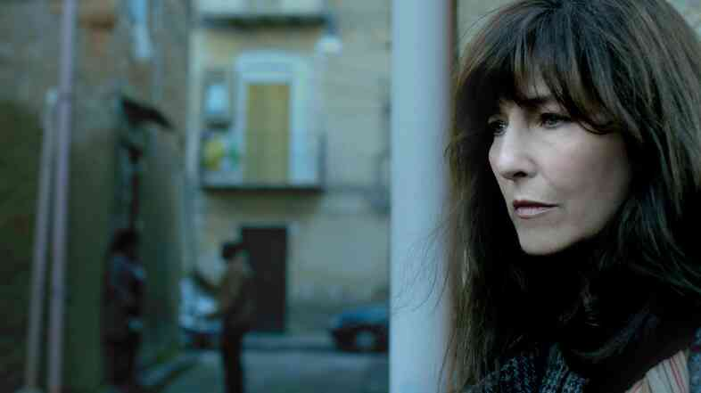Catherine Keener plays a traumatized journalist in War Story.