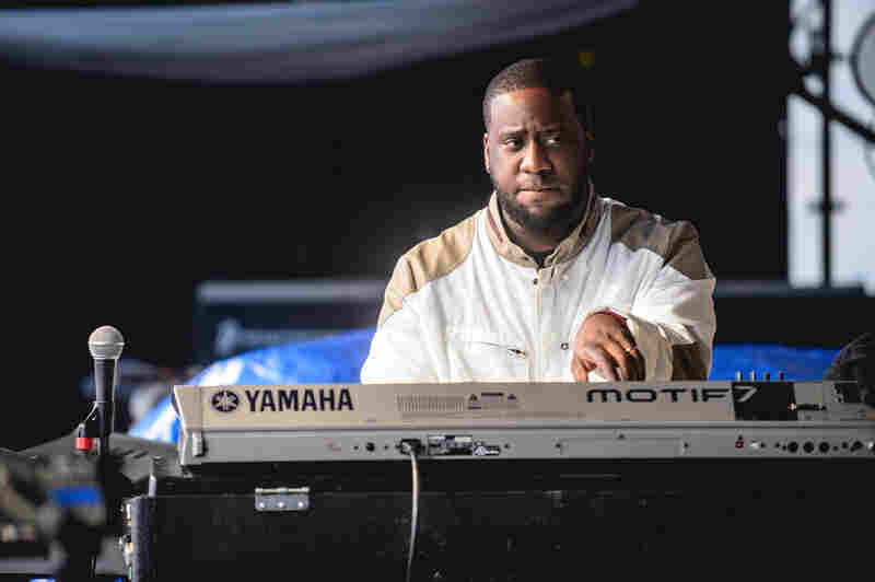 "Pianist Robert Glasper led his popular Experiment band, opening with a version of the Kanye West and Jay-Z hit ""No Church in the Wild."""