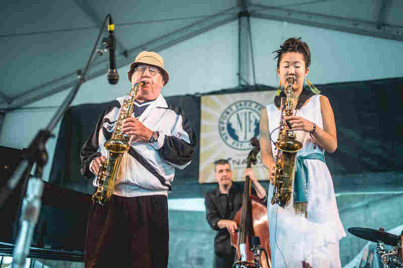 Saxophonist Lee Konitz, 86, welcomed fellow alto player Grace Kelly, 22, to join in with his quartet.