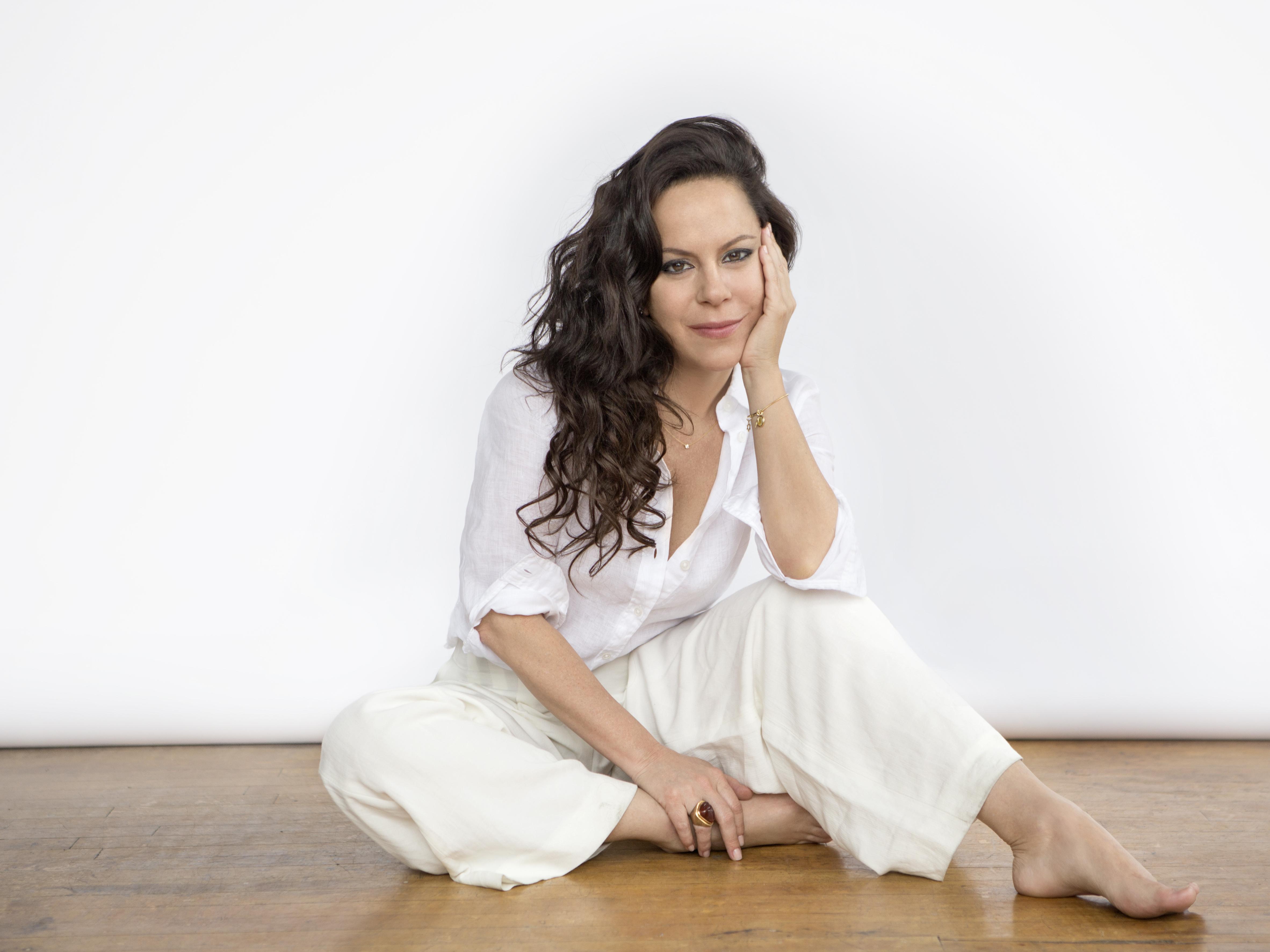 First Listen: Bebel Gilberto, 'Tudo'