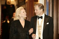 Bacall appeared in the movie The Walker with Woody Harrelson in 2007.