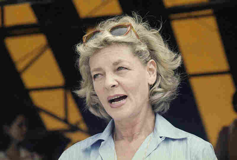 Bacall at an RFK celebrity tennis tournament in New York in 1977.