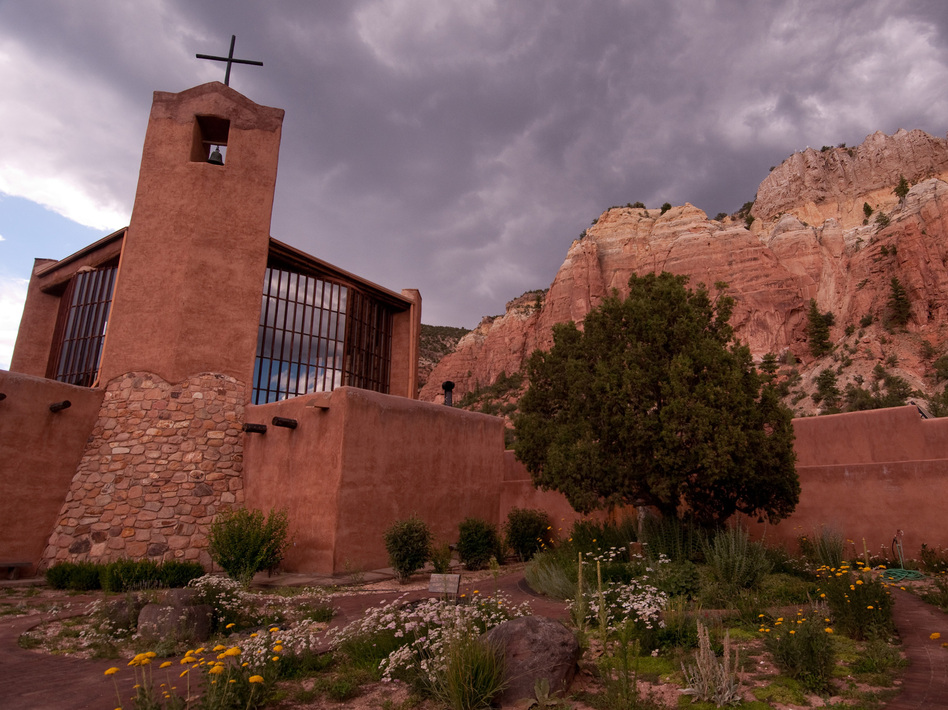 The Monastery of Christ in the Desert in northern New Mexico inspired Robert Kyr to compose the music on his new album of choral works.