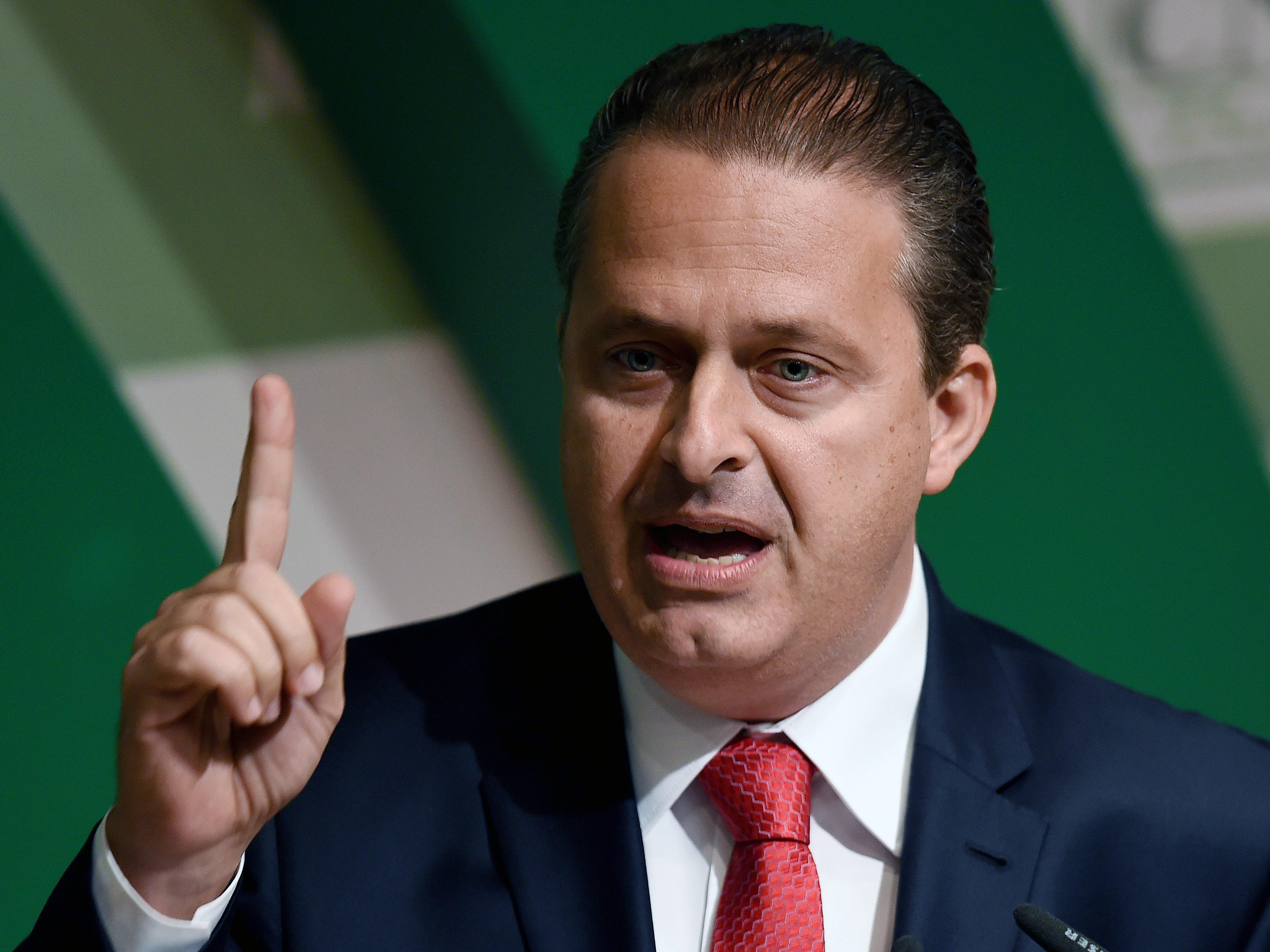 Brazilian Presidential Candidate Campos Dies In Plane Crash