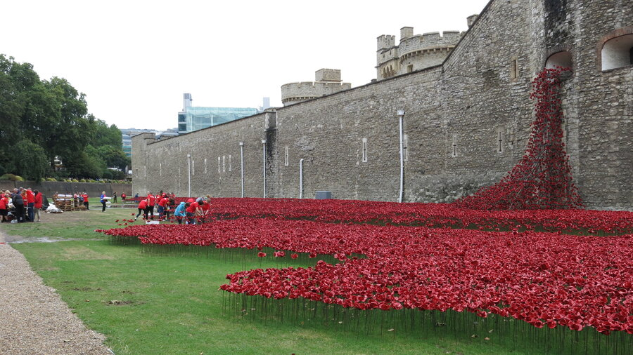 A sea of ceramic poppies honors britains wwi dead npr a sea of ceramic poppies honors britains wwi dead mightylinksfo Images