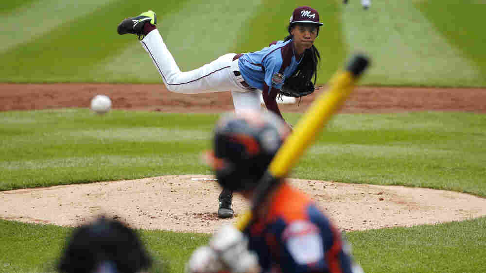 Mo'ne Davis Throws Like A Girl — At 70 MPH