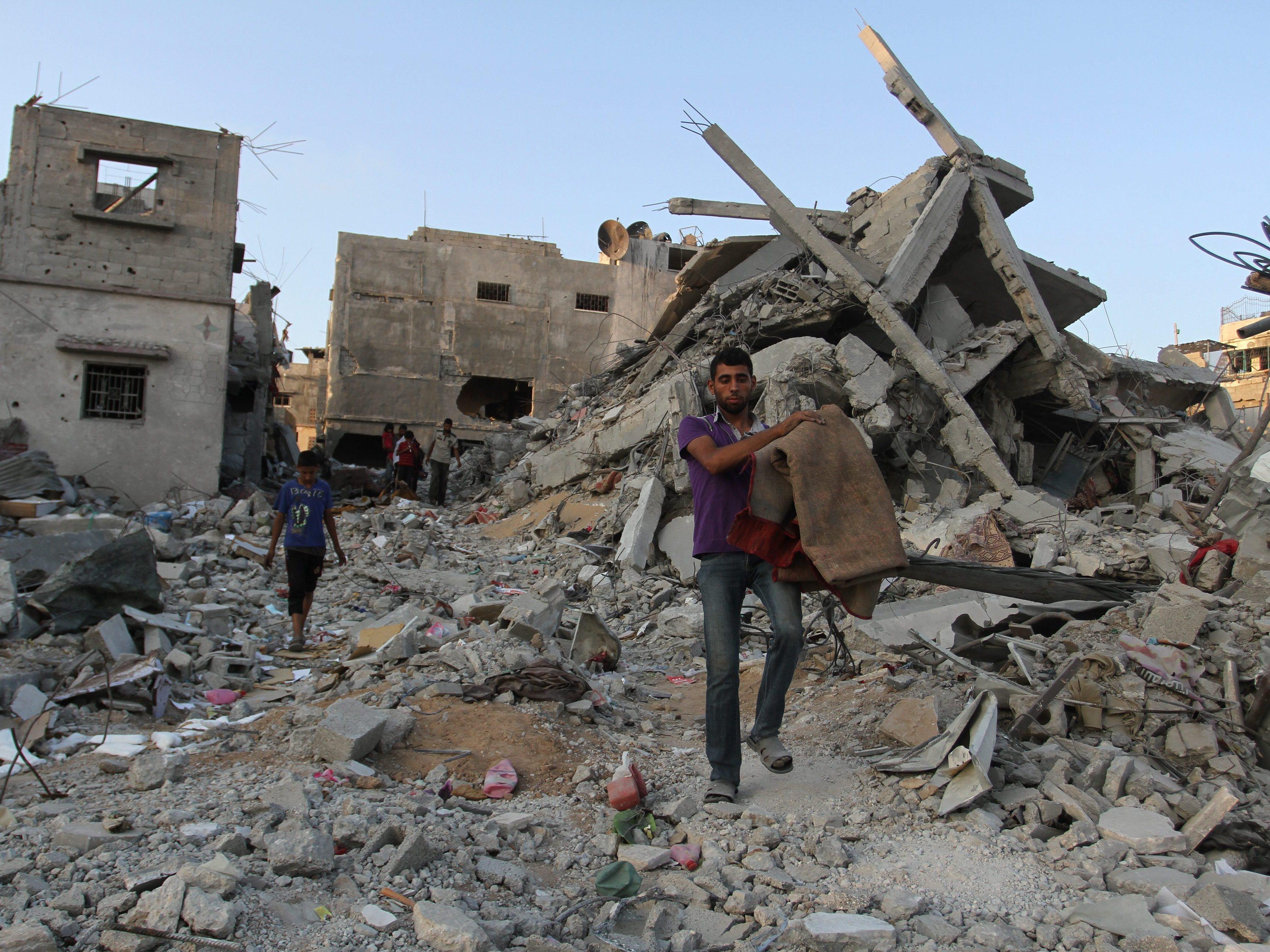 Israel, Palestinians Still Far Apart As Truce Nears End