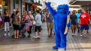 On Ocean City's Boardwalk, Costumed Performers Prompt Legal Debate