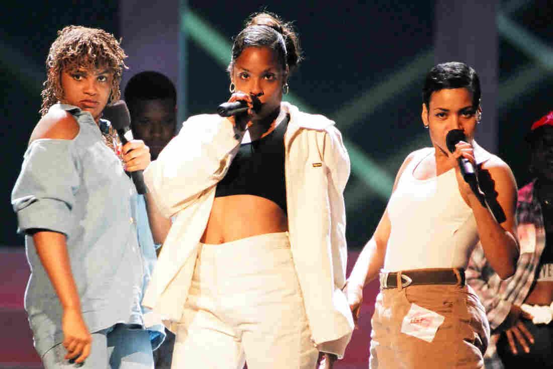 "Sandra ""Pepa"" Denton, Deidre ""Spinderella"" Roper and Cheryl ""Salt"" James of Salt-N-Pepa at the 1994 MTV Video Music Awards."